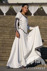 White medieval renaissance costume Chess Queen dress ...