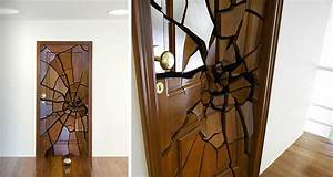 Amazing Door Design : Shattering Door by Leandro Erlich