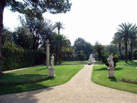 Ingresso Giardini Quirinale - programma delle conferenze e delle riunioni 2011 2012