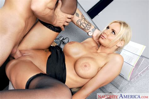 Phoenix Marie Alan Stafford In Naughty Office Naughty America HD Porn Videos