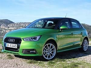 Audi A1 Fiche Technique : fiches techniques audi a1 2015 audi a1 ~ Medecine-chirurgie-esthetiques.com Avis de Voitures