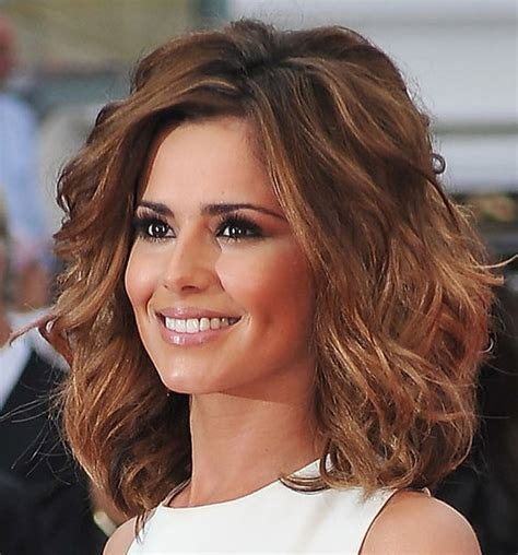 Medium Curly Hairstyles For Women 2018
