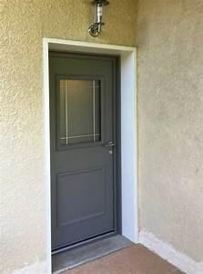 Lyon fenetres nos realisations for Porte de garage enroulable jumelé avec montage porte blindée