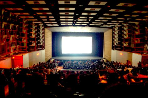 Theatre Tales  On Moviegoingstage Experiences With