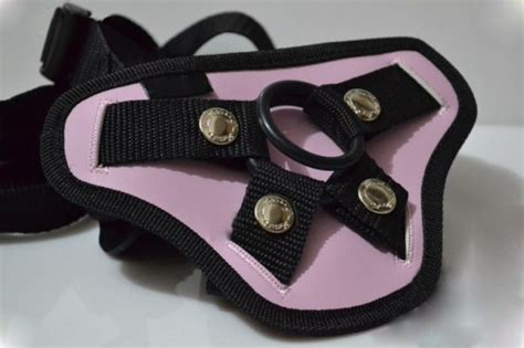 New Design Sexy Strap On For Female Lesbian Sex Toy