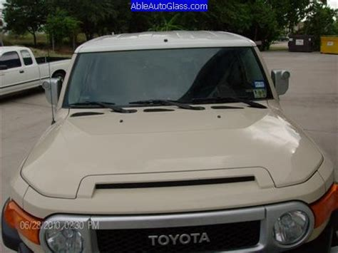 Toyota Fj Replacement by Toyota Fj Cruiser 2007 2010 Windshield Replacement Able
