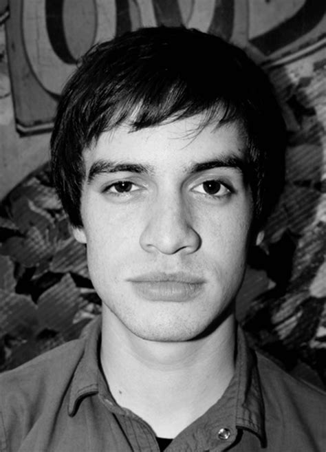 brendon urie photo gallery   brendon urie pics
