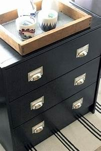 Poignée Coquille Noire : 1000 id es propos de poign es de tiroir de commode sur ~ Teatrodelosmanantiales.com Idées de Décoration