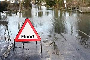 Managing the risk of surface water flooding | University ...