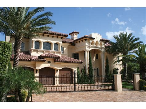 mediterranean style home plans 1000 images about homes on southern