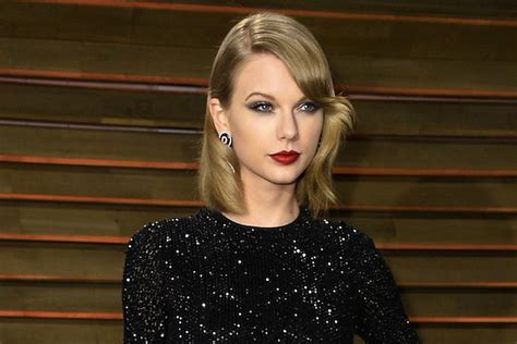 Man Charged With Trespassing at Taylor Swift's House