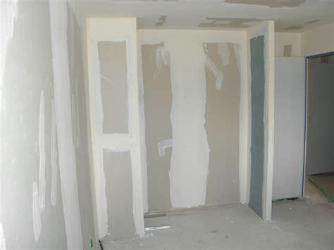 comment am駭ager un placard de chambre comment construire un placard dressing idees