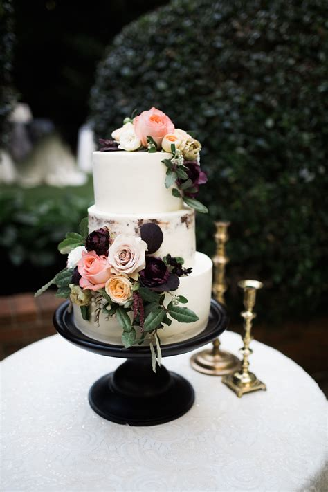 floral wedding cakes wedding cakes with flowers brides