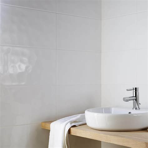 Core White Ceramic Wall Tile, Pack Of 10, (l)250mm (w
