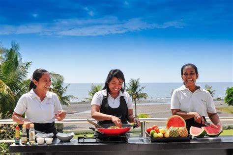 le marché des cours de cuisine cours de cuisine balinaise et visite du marché local