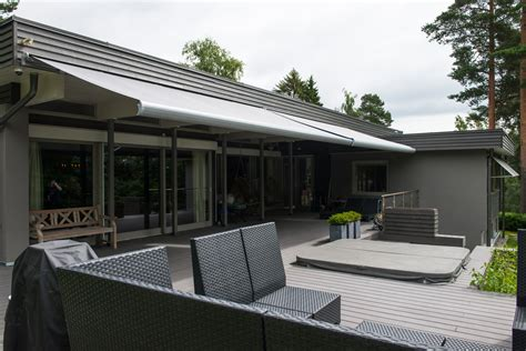 10 Reasons To Buy An Awning