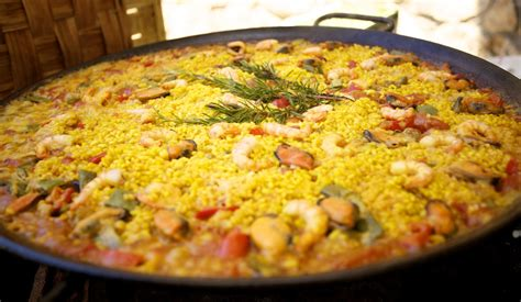cuisine paella put ham in your paella cooking techniques tips