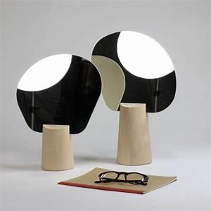 Petit Miroir Sur Pied : petit miroir sur pied reine m re ~ Teatrodelosmanantiales.com Idées de Décoration