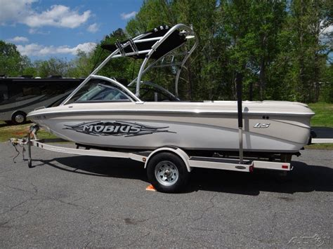 Moomba Boats Engine by Moomba Mobius Ls Ski Boat 2007 For Sale For 10 000