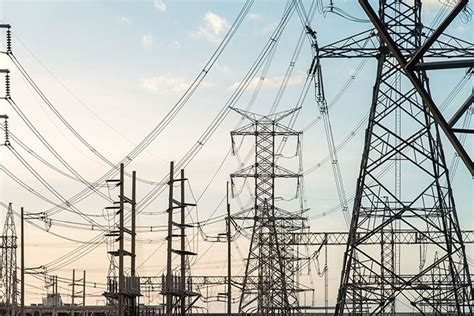Законодательное обеспечение инвестиционной деятельности в сфере электро и теплоэнергетики в РФ . РЭЭ