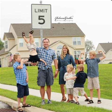 Lustige Familienfotos Ideen by 11 Winning Family Photography Ideas For Freelance