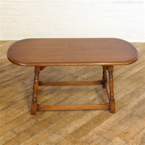 antique oval coffee table antiques atlas vintage oak oval coffee table