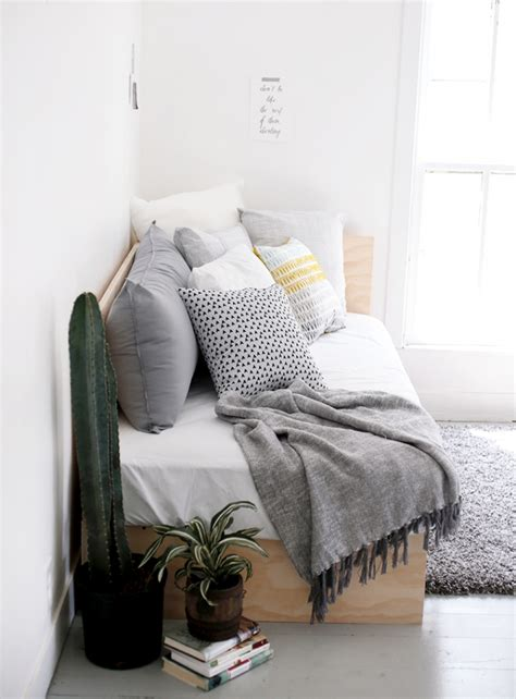spectacular daybed ideas   incredibly cozy page