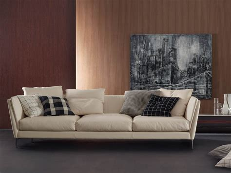 Poltrona Frau E Scarpe Frau : Buy The Poltrona Frau Bretagne Three Seater Sofa At Nest.co.uk