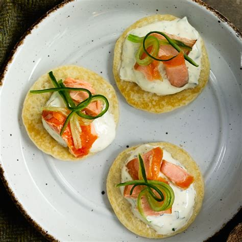 easy canapes and nibbles smoked salmon recipes 33 things to do with smoked salmon