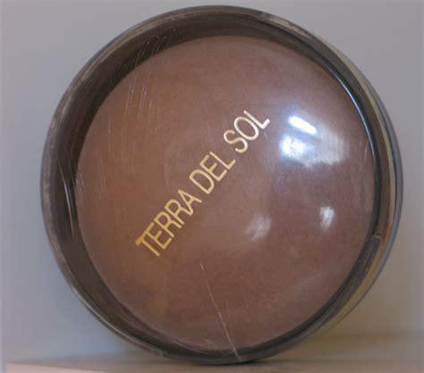 test bronzer terra del sol sonnenpuder von douglas farbe  sand testbericht von