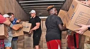 J.J. Watt's Fundraiser Total For Houston Flood Relief Tops ...