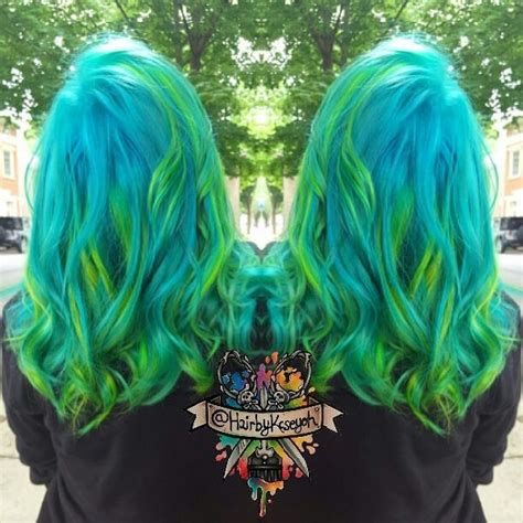 Wonderful Turquoise Blue Hair Color With Green Highlight
