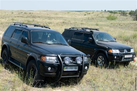The pajero sport is a little brother that was launched 15 years after the regular pajero. 2007 Mitsubishi Pajero sport - pictures, information and ...