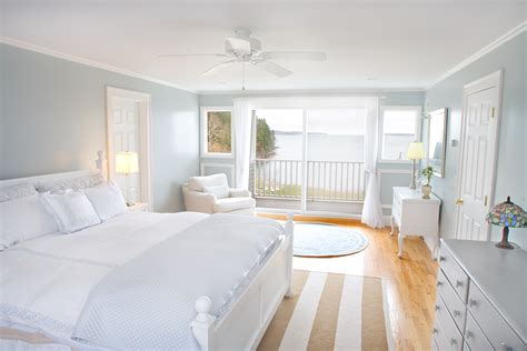 Summer Coastal Maine Bedroom