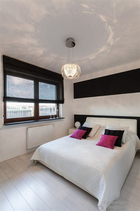 Bedroom Paint Ideas Wood Trim by White Walls Black Trim