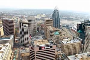 Cincinnati Building Fiber Ring  Pursuing Smart City Projects Downtown