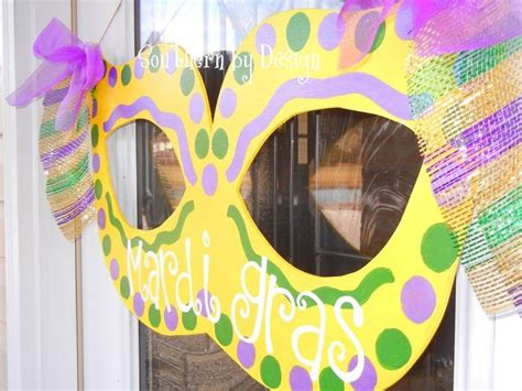 Mardi Gras Classroom Door Decoration Ideas by The 25 Best Ideas About Wooden Door Signs On