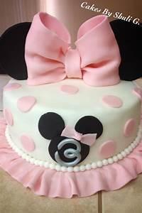 Minnie mouse cake!! | Cakes | Pinterest