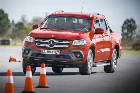 Mercedes X Class Nissan by What S The Difference Between The Mercedes X Class