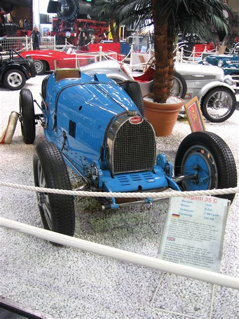What Type Of Engine Does A Bugatti by Bugatti Type 35
