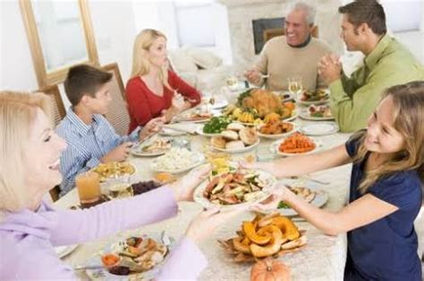 good table manners when you go to eat in a nice western tips and tricks for good table manners general