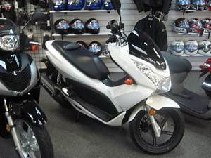 Scooter Honda 125 Pcx : 2012 honda pcx 125 scooter for sale on 2040 motos ~ Medecine-chirurgie-esthetiques.com Avis de Voitures