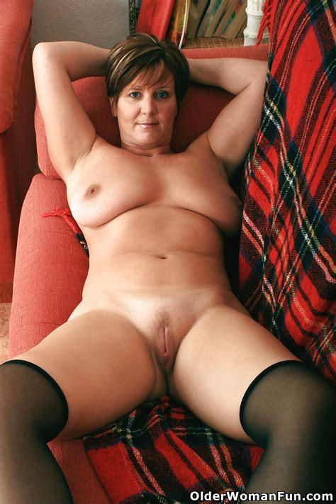 Hot Mature Pictures British Granny Joy From Olderwomanfun