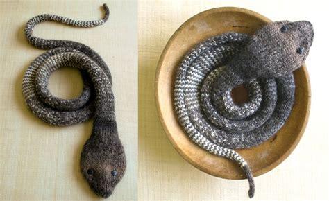 Eine Schlange Zum Stricken