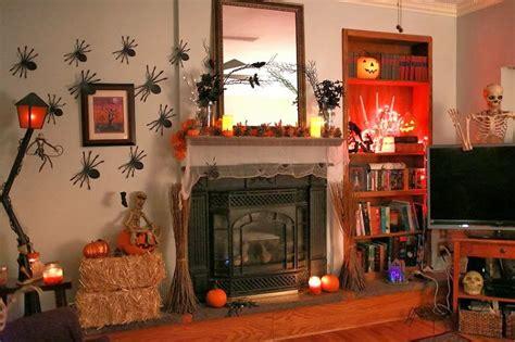 lets creative   halloween living room decor ideas