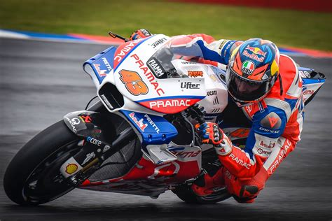 argentina motogp qualifying ducatis miller claims pole