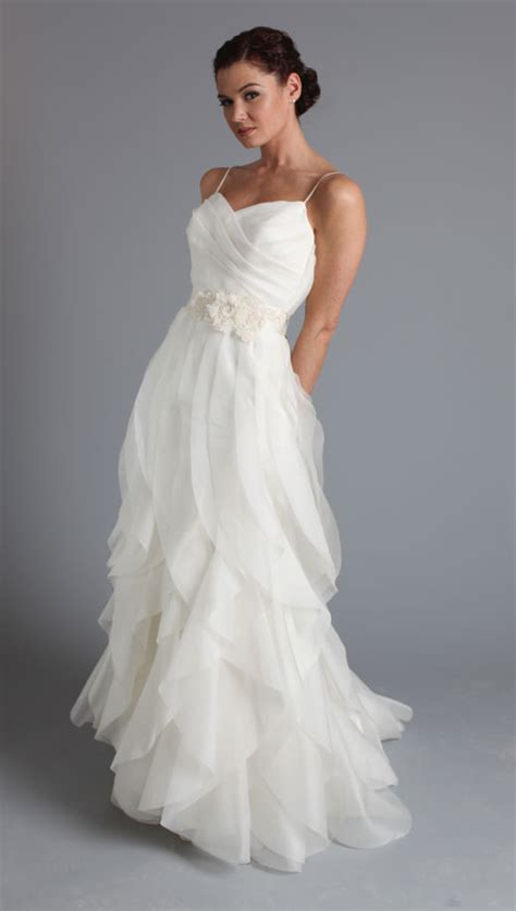 choose  fashion style casual wedding dresses