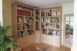 Bibliothèque Petite Profondeur : biblioth que d 39 angle contemporaine avec clairage ~ Teatrodelosmanantiales.com Idées de Décoration