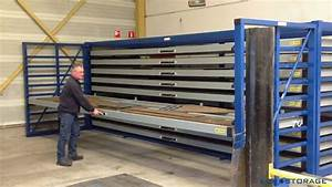 Horizontal Storage Rack With Extendable Drawers