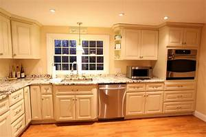 antique white kitchen cabinets improving room coziness With the perfect kitchens with white cabinets for you